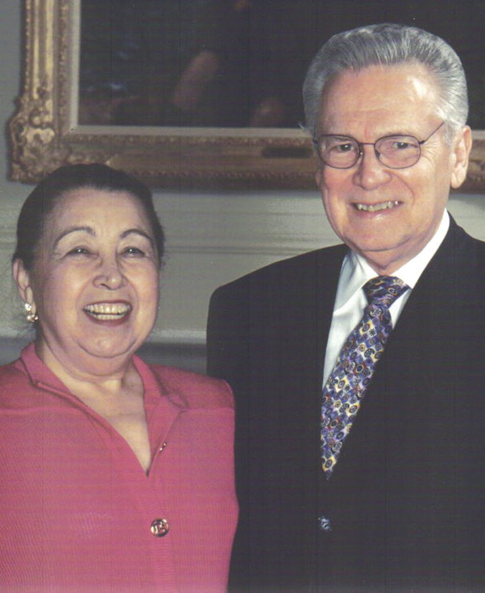 Joe R. and Teresa Lozano Long Headshot