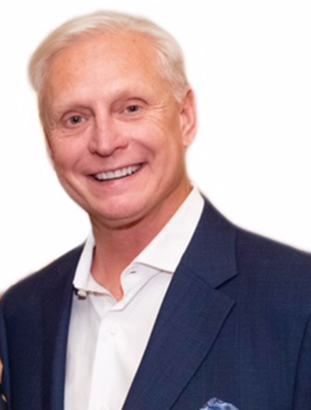 Headshot of Dan Jackson