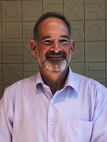 Headshot of Ito Deutsch